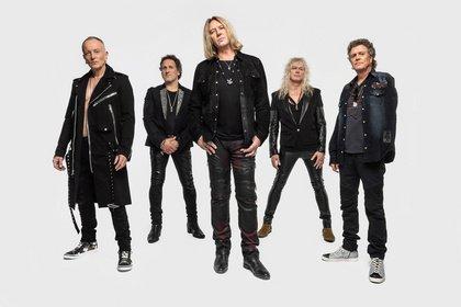 Seit 1977 quicklebendig - Def Leppard sind Support von Bon Jovi bei ihren Deutschlandkonzerten