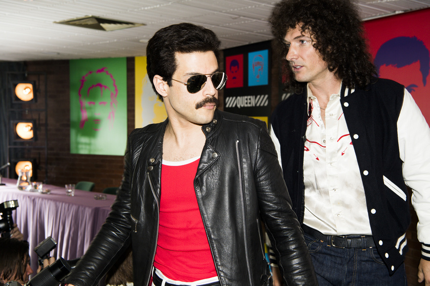Rami Malek (Freddie Mercury) und Gwilym Lee (Brian May) in Bohemian Rhapsody.