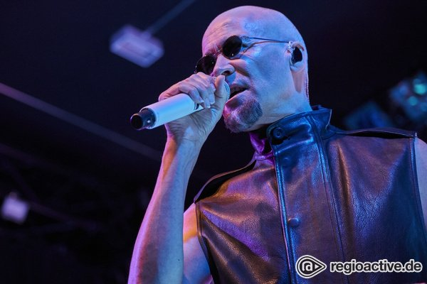 Facettenreicher Pop - 80s-Style: Fotos von The Human League live in der Batschkapp Frankfurt