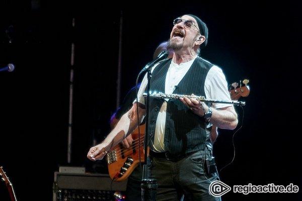 Agil - Ian Anderson: Fotos der 50th Anniversary Jethro Tull Tour live in Mannheim