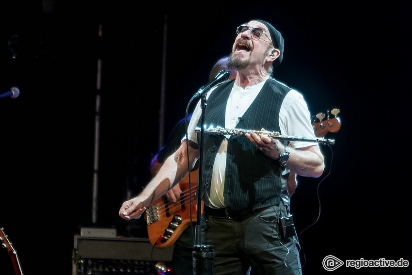 Agil - Ian Anderson: Fotos der 50th Anniversary Jethro Tull Tour live in Mannheim