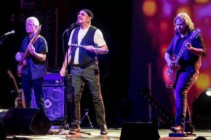 Weihnachtlich - Ian Anderson von Jethro Tull spielt zwei Christmas Shows in Arnstadt und Frankfurt