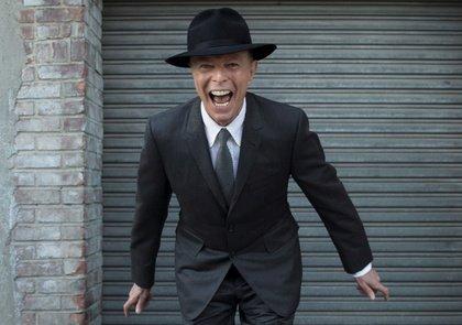 """Die neue App """"David Bowie Is"""" erinnert an den Musiker und zeigt, wie sich Musikmarketing verändert"""