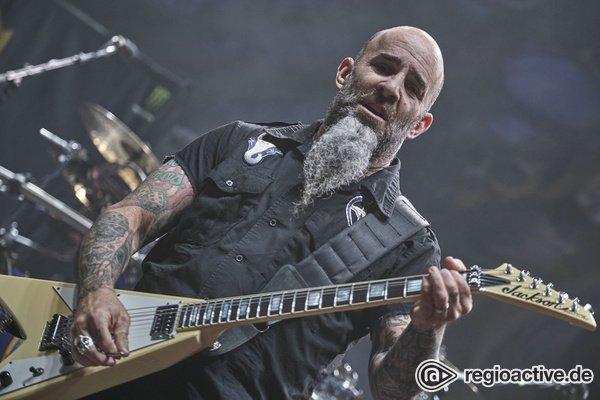 In Metal verbunden - Fotos von Anthrax live als Opener von Slayer in Freiburg