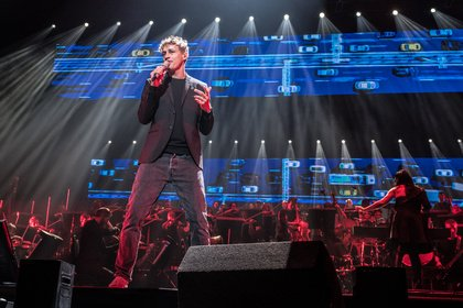 Gefühlig - Tim Bendzko: Live-Bilder von der Night of the Proms 2018 in Hamburg