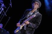 Discostars: Fotos von Nile Rodgers & Chic live in der Jahrhunderthalle Frankfurt