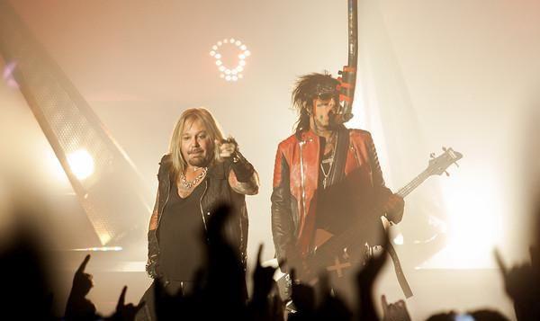 Mötley Crüe (live in Stuttgart, 2015)