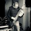 Chapman Stick sucht Mitmusiker/innen für Duo max. Trio - evt. auch Band