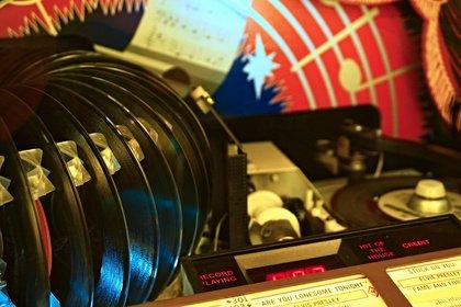 British Phonographic Industry geht gegen Vertrieb von unlizenzierten Vinyl-Pressungen vor