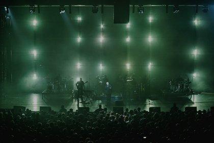 Zwanzig Jahre Zwischengeschoss - Massive Attack: Bilder der MezzanineXX1-Tour live in Frankfurt