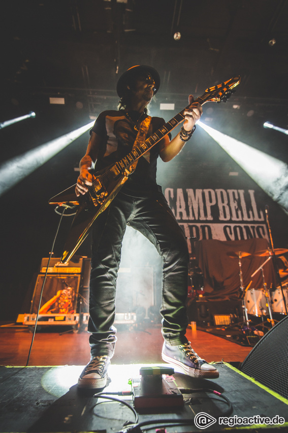 Phil Campbell & The Bastard Sons (live in Offenbach, 2019)
