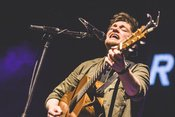 Ryan McMullan: Fotos des Sängers als Support von Snow Patrol in Frankfurt