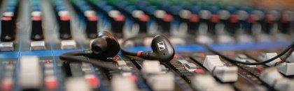 Professionelles Monitoring: Gewinne die neuen IE 40 PRO In-Ear-Hörer von Sennheiser!