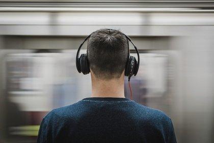 Die Vereinten Nationen warnen vor Hörschäden durch Smartphones