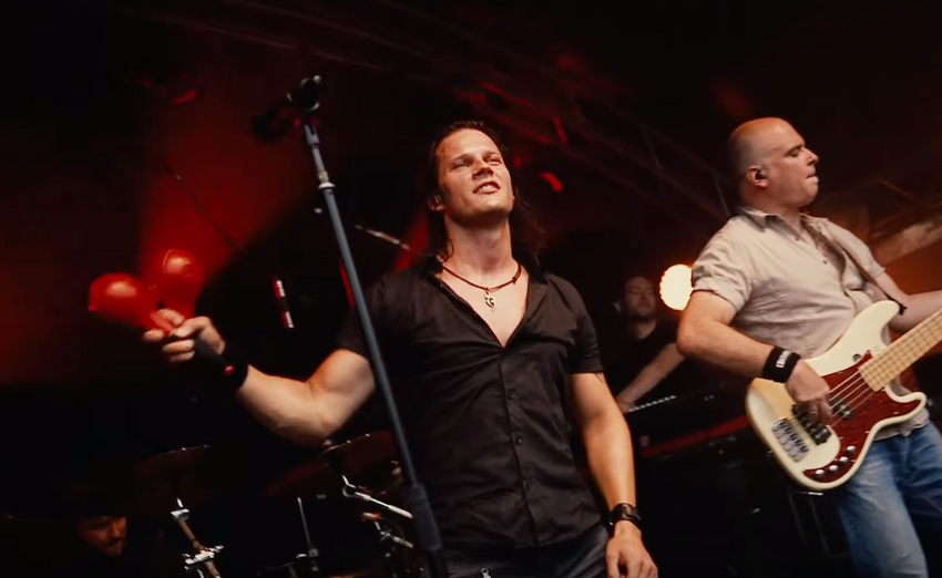 MusikERleben: Gitarrist und Sänger Oliver Henrich (Bounce, Das Dynamische Duo) hautnah