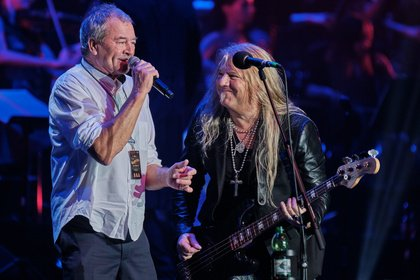 Rock-Blockbuster im Klassik-Kontext - Rock Meets Classic: Legendäre Hits reißen das Frankfurter Publikum von den Sitzen