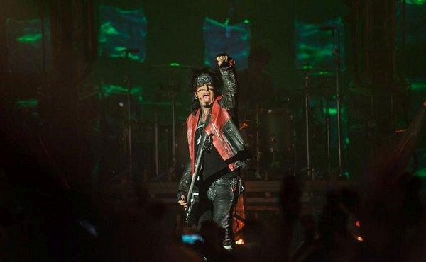 """""""Diese Worte waren unverantwortlich"""" - Mötley Crüe: Nikki Sixx äußert sich zu Vergewaltigung in Autobiografie """"The Dirt"""""""