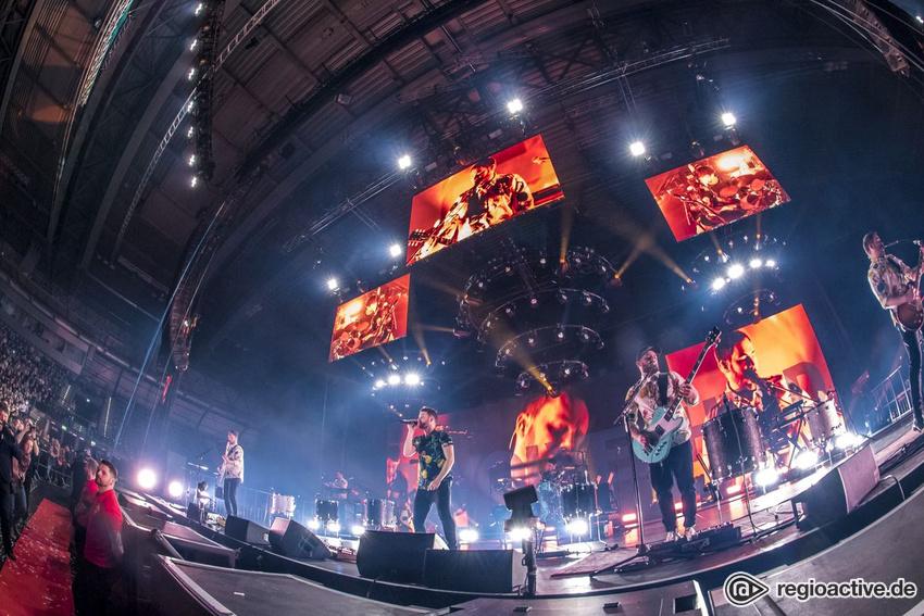 Arena mit Blick - Revolverheld live in Leipzig: Gute Unterhaltung mit kleinen Schwächen