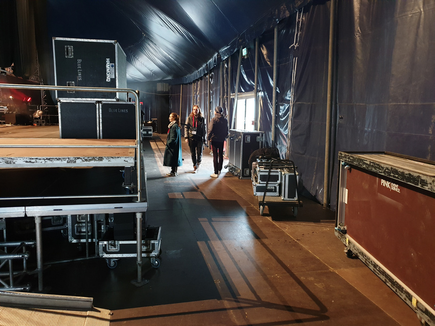 Hinter der Bühne der Festival Arena: Jetzt nur nicht verlaufen!