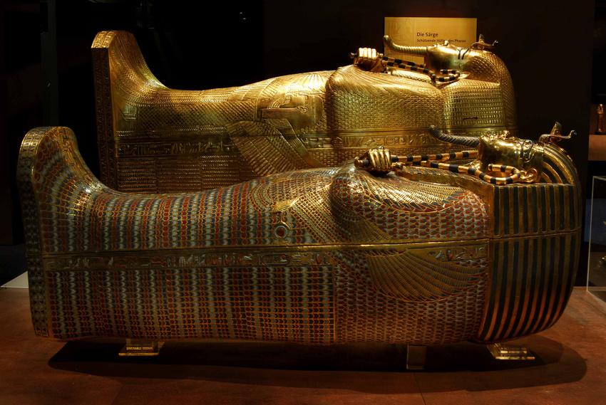 Tutanchamun: mittlerer und äußerer Sarg