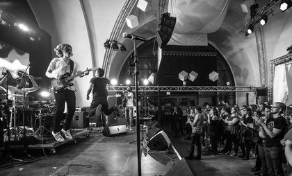 Nach dem Aus von Rockbuster und Play Live - Sind Bandcontests als Förderinstrument noch zeitgemäß? Wie sich Musikwettbewerbe und Bandförderung wandeln