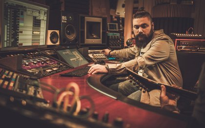 Gemeinsam besser - 6 Tipps für gute Studioaufnahmen von Rock- und Metal-Bands