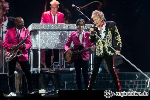 Forever young - Mit Stil: Bilder von Rod Stewart live in der SAP Arena in Mannheim