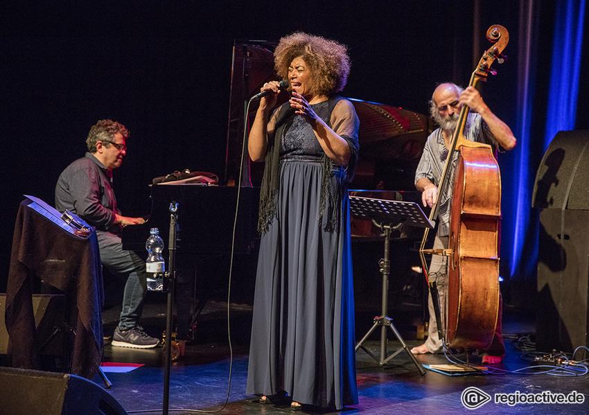 Ein Hochgenuss - Nice Brazil & Group: Live-Bilder aus dem Theaterhaus Stuttgart