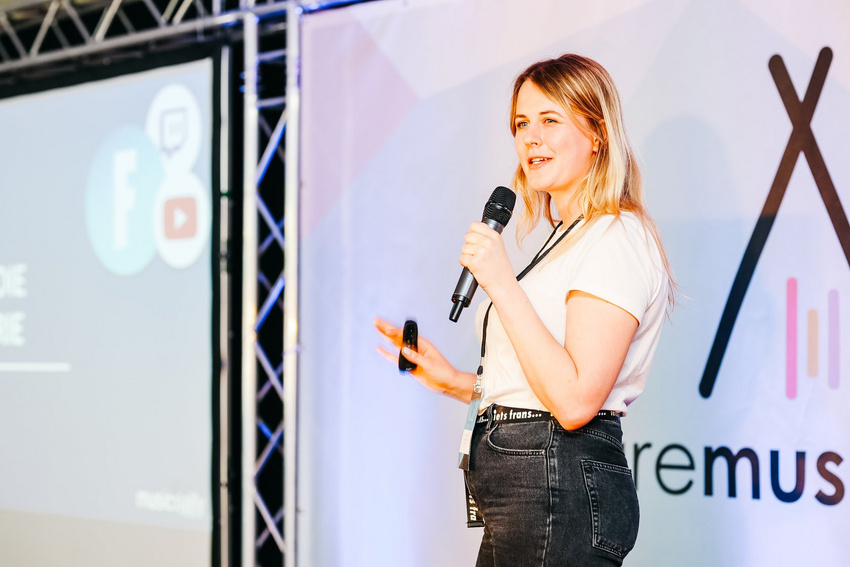 Marlen Huellbrock (Marketing Executive, Music Ally) bei ihrer Keynote