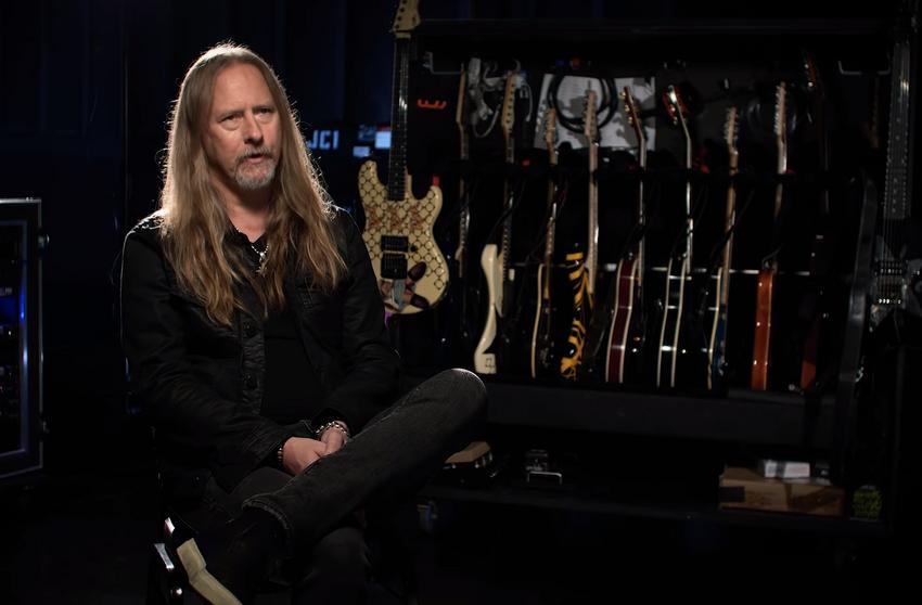 """""""String Theory"""": Alice in Chains-Gitarrist Jerry Cantrel im Portrait von Ernie Ball"""