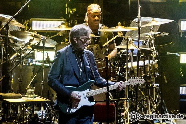 Er hat den Blues - Eric Clapton: Bilder der Gitarrenlegende live in der SAP Arena Mannheim