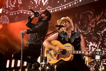 Feurig - The BossHoss: Fotos der Cowboys live bei Rock am Ring 2019