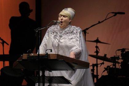 Zwei Seiten eines Duos - Erhaben: Dead Can Dance live in der Alten Oper Frankfurt
