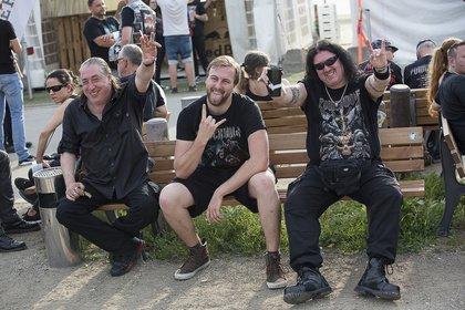 Anhänger der Wölfe - Impressionen vom Powerwolf-Konzert beim Zeltfestival Rhein-Neckar 2019