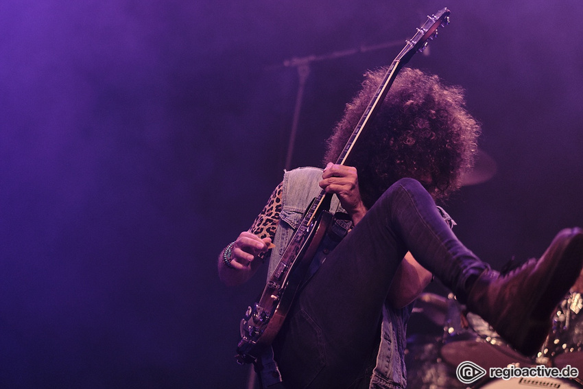 Wolfmother (live in Wiesbaden 2019)