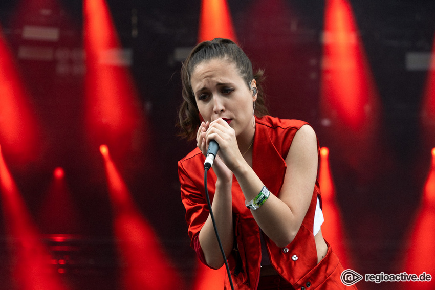 Alice Merton (live beim Hurricane Festival 2019)