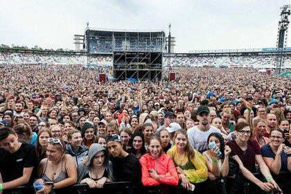 Massen im Regen - Impressionen: So riesig war das Samstags-Konzert von Ed Sheeran auf dem Hockenheimring