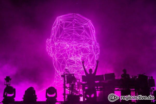 Mitternachtsspektakel - Die Chemie stimmt: Fotos von The Chemical Brothers live beim Deichbrand Festival 2019