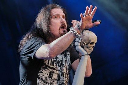 Fast wie Hamlet - Dream Theater: Bilder der Prog-Metaller live in der Zitadelle Mainz