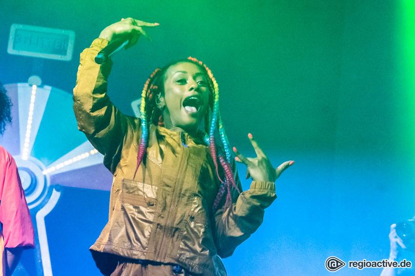 Nura (live beim Deichbrand Festival 2019)