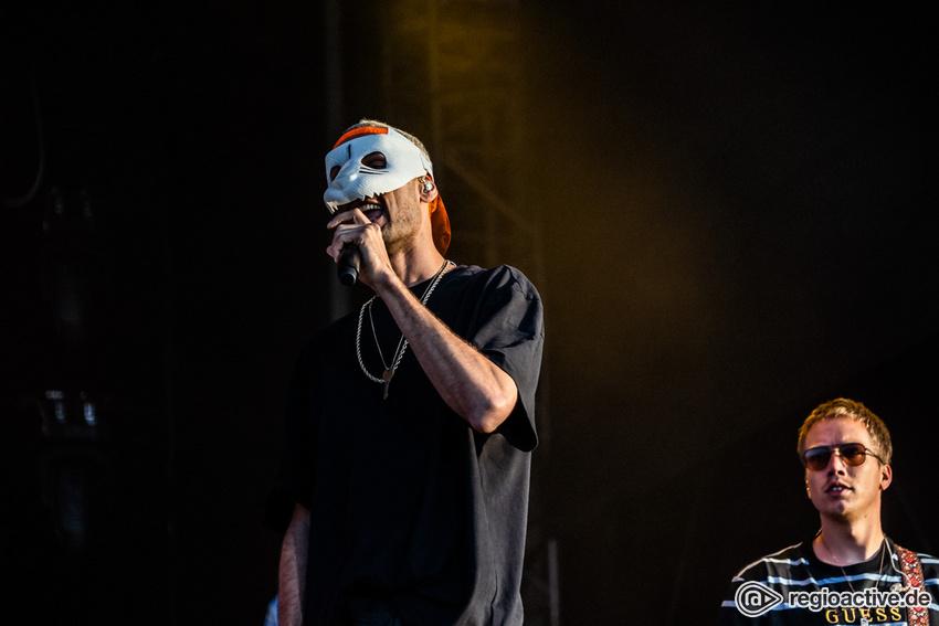 Cro (live beim Deichbrand Festival 2019)