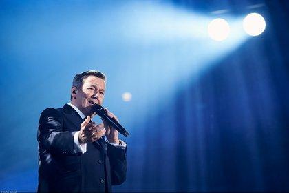 Schlager im Freien - Roland Kaiser geht 2020 auf Open-Air-Tour: 8 Konzerte angekündigt