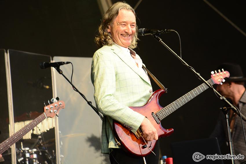 Zugänglich - Pure Nostalgie: Roger Hodgson live bei Musik im Park in Schwetzingen
