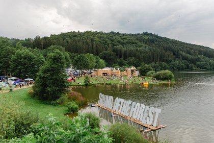 Musik in freier Natur - Jubiläumsausgabe: Bilder und Bericht vom Sound of the Forest Festival 2019