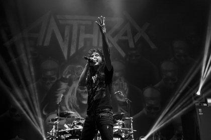 Thrash-Urgesteine im Doppelpack - Ein letztes Mal: Fotos von Anthrax als Support von Slayer in Stuttgart