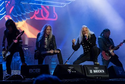 Denim and leather forever - Saxon: Bilder der Metal-Veteranen live beim Wacken Open Air 2019