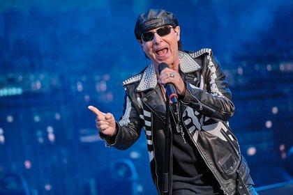 Wie eh und je - Scorpions: Fotos der Rocklegenden live in Bonn
