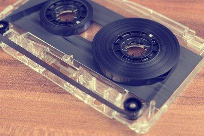 Papa, was ist eigentlich ein Walkman? - Kassette, Mini-Disc und Co.: Diese Technik kennt die Jugend von heute nicht mehr