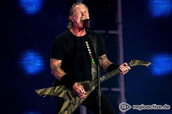 Neujahrsgrüße von den Metal-Legenden - Metallica veröffentlichen Live-Clips aus Mannheim und Brüssel