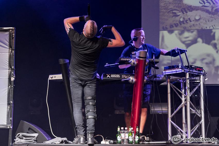 Suicide Commando (live beim Black Castle Festival 2019)